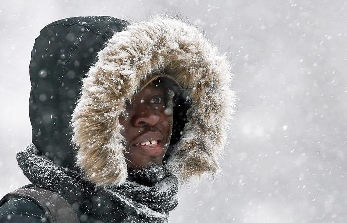 Москвичей предупредили о вечерней метели, снеге и порывах ветра