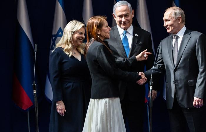 Путин пообещал матери осужденной израильтянки, что с девушкой все будет хорошо