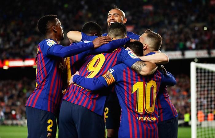 """""""Барселона"""" стала рекордсменом по доходам среди футбольных клубов Европы"""