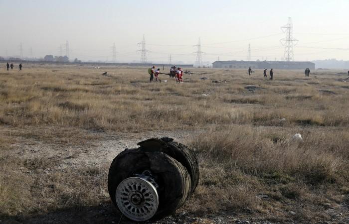 Зеленский потребовал от Ирана наказать виновных в крушении украинского самолета