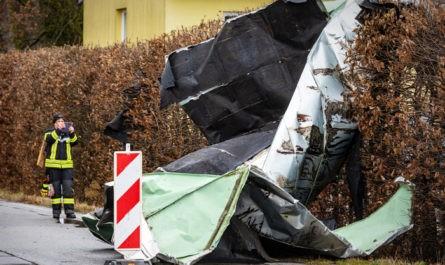 """Шесть человек погибли в Европе от шторма """"Кьяра"""""""