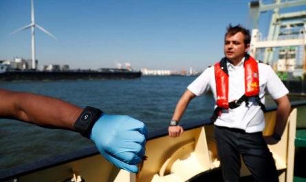 Порт Антверпена протестирует браслеты для социального дистанцирования