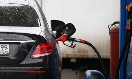 Главный вопрос: подешевеет ли бензин вслед за нефтью