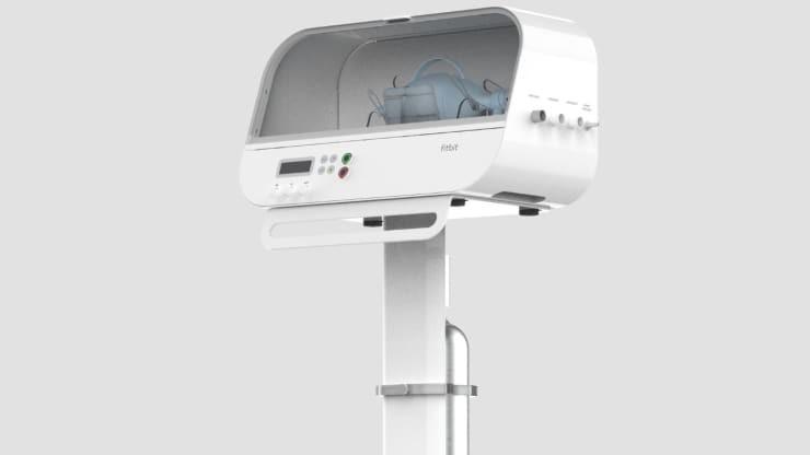 Fitbit будет выпускать аппараты ИВЛ для лечения пациентов с COVID-19