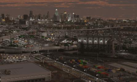 В Minecraft уже 9 лет строят самый большой город