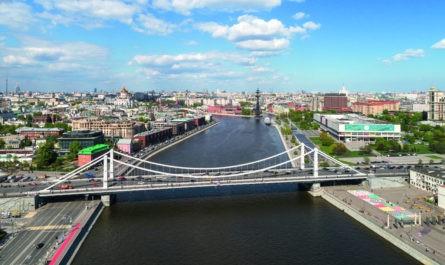 Проект нового пешеходного моста на Якиманке вынесут на общественные обсуждения