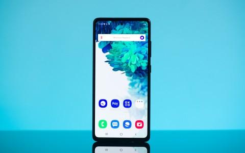 Обзор Samsung Galaxy S20 FE: по просьбам фанатов