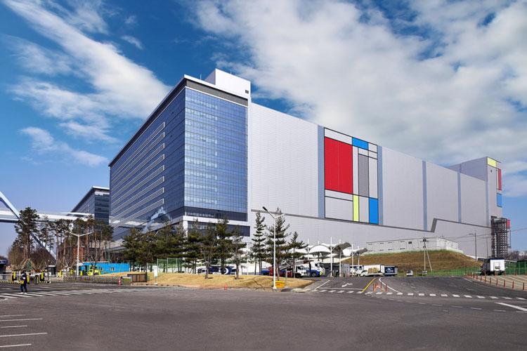 Samsung приступила к закупкам оборудования для линии производства 5-нм чипов