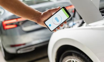 Skoda выпустила мобильное приложение для диагностики автомобиля по звуку
