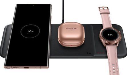 Samsung выпустила в России универсальную беспроводную зарядку «3-в-1»