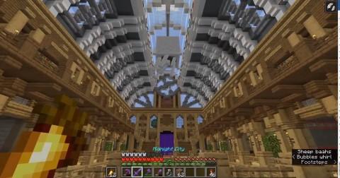 Фанат Minecraft создал музей почти со всеми существами за 200 часов
