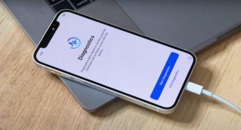 iPhone 12 испытали погружением на 20-метровую глубину [ВИДЕО]
