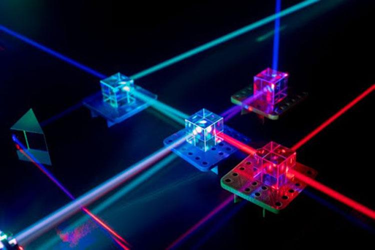 Китайский квантовый компьютер смог в миллиарды раз превзойти классическую систему в одной научной задаче