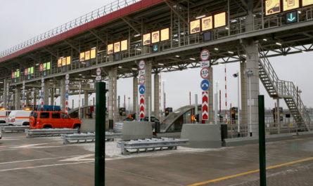 Хуснуллин заявил, что безбарьерная система оплаты проезда может появиться на трассе М-4