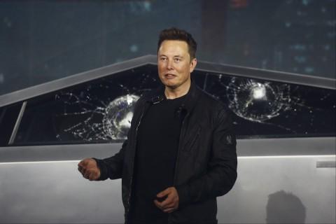 Илон Маск стал самым богатым человеком на Земле