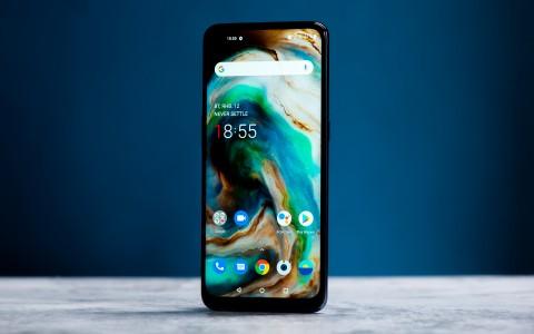 Обзор OnePlus Nord N10 5G: работает долго, звучит громко