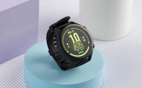 Обзор Xiaomi Mi Watch: первым cмарт-часам приготовиться
