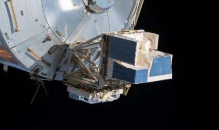 С борта МКС засняли уникальные молнии в небе над Землёй