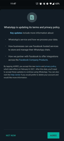 WhatsApp заставляет пользователей делиться своими данными с Facebook