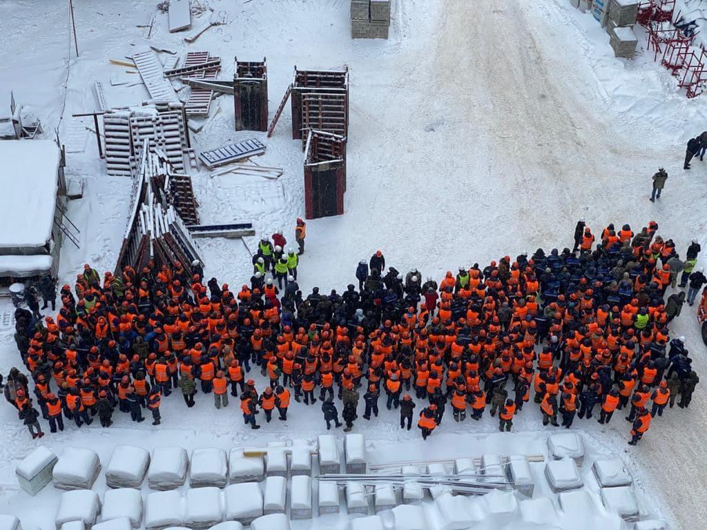 В достройке проблемного ЖК «Царицыно» задействовано порядка 700 человек