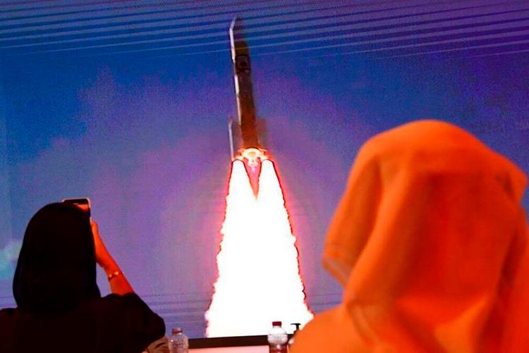 Арабская межпланетная станция «Надежда» успешно достигла орбиты Марса