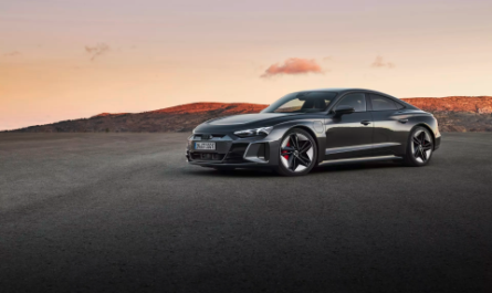 Audi представила «заряженный» электрокар E-Tron GT RS за €138 000
