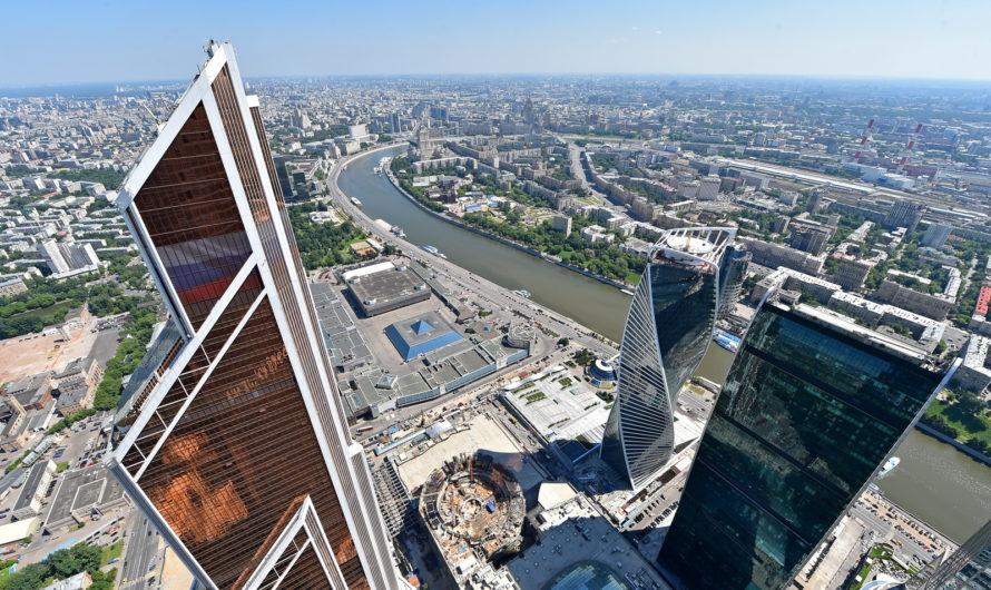Андрей Бочкарев: К 2024 году благоустроят более 120 км набережных Москвы-реки