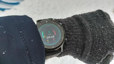 Первый взгляд на Watch S: что умеют смарт-часы от realme?