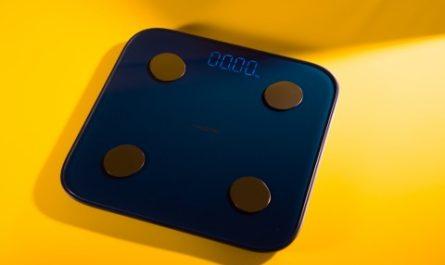 Смарт-весы realme Smart Scale: 16 оттенков фитнеса