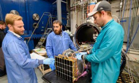 Военные США планируют разместить солнечные электростанции в космосе