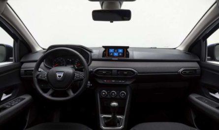 Dacia променяла мультимедийную систему в машине на смартфон