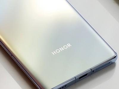 Honor V40 Lite с оригинальной камерой на шпионских фотографиях