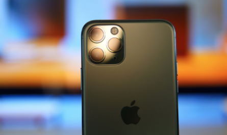 iPhone с «перископом»: аналитик назвал сроки выхода