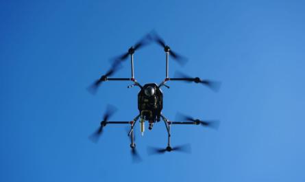 Рекордный полёт бензиново-электрического дрона [ВИДЕО]