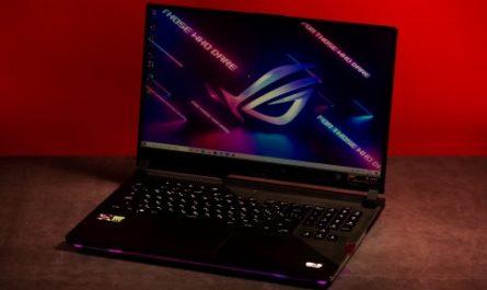 Обзор ASUS ROG Strix SCAR 17 G733: игровой ноутбук для максималиста