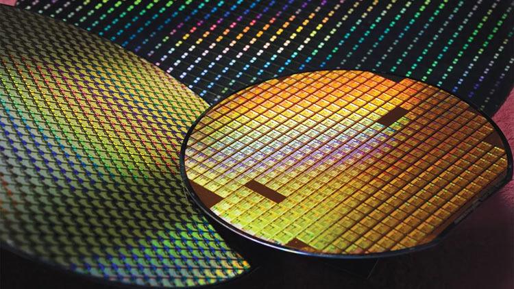 Производитель оборудования для выпуска чипов придумал, как ИИ может ускорить отладку техпроцессов