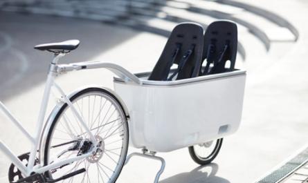 Самоходный электроприцеп к велосипеду для перевозки грузов и детей