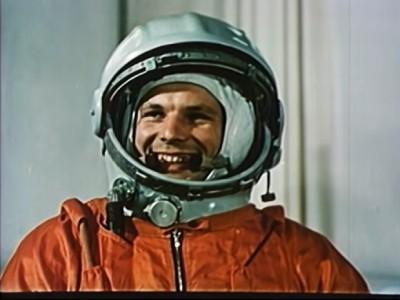 Видеохроника полёта Гагарина: от тренировок до старта и праздника