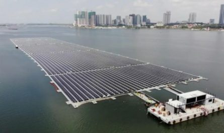 Запущена крупнейшая плавучая ферма для добычи солнечной энергии