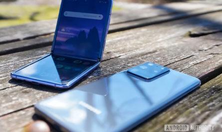 Galaxy Z Fold 3 получит подэкранную камеру, а Galaxy Z Flip 3— увеличенный дополнительный дисплей