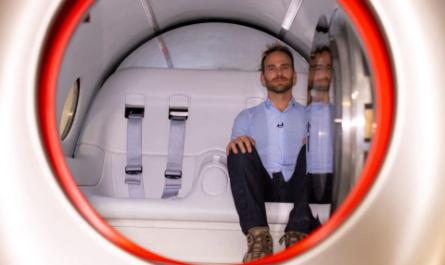 Капсулы Hyperloop позволяют путешествовать со скоростью 1200 км/ч