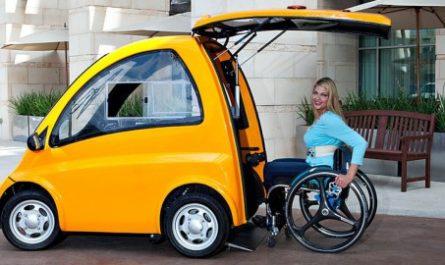 Первый в мире электрокар для людей с инвалидностью