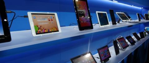 Продажи планшетов выросли в полтора раза. Они опять в моде?
