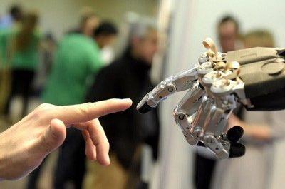 Умная пена позволит роботам ощущать объекты без контакта с ними