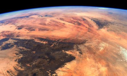 Земля с борта МКС напоминает Марс [ФОТО]
