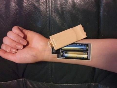 Человеческое тело превратили в передатчик для зарядки гаджетов