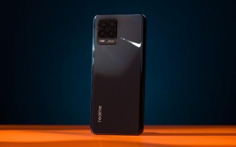 Обзор realme 8 Pro: камерофон для экономных