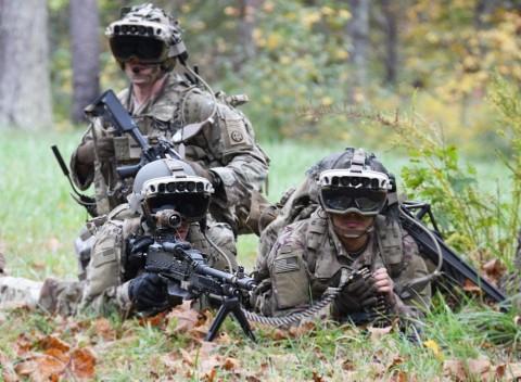 Шлемы Microsoft HoloLens поступят на вооружение армии США