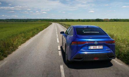 Водородный Toyota Mirai побил мировой рекорд автономности
