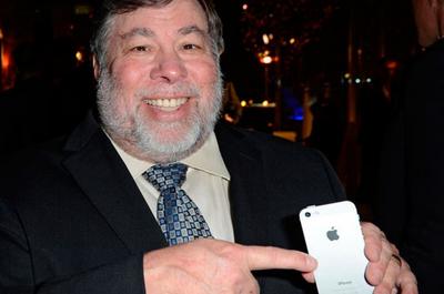 Сооснователь Apple выступил за право пользователей на ремонт техники